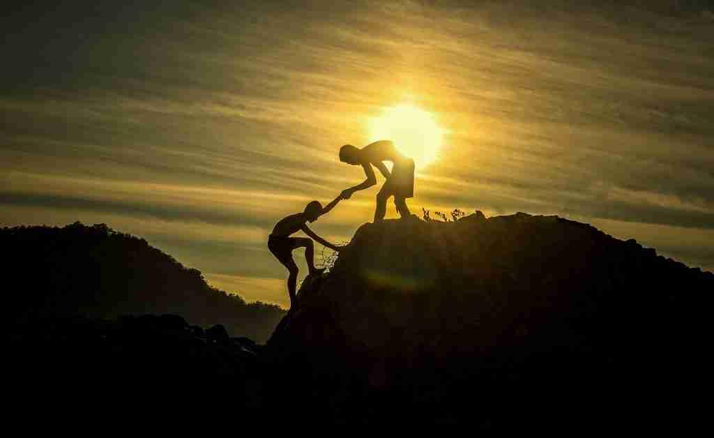 Teamwork climbing